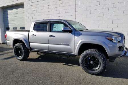 Lifted 2019 Toyota Tacoma SR5